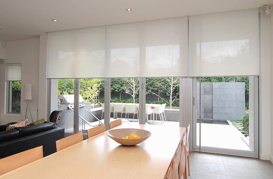 solskydd fönster inomhus